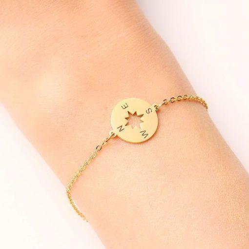 bracelet boussole dore